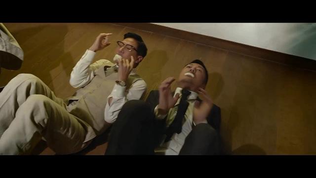 澳门风云2:小马哥与阿乐表演口吐白沫,都是人才!