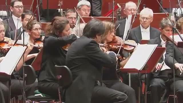 管弦乐:科普兰《墨西哥沙龙》