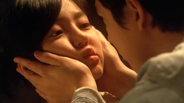 丝袜ps伦理视频_3分钟看完韩国爱情伦理片,男子因为没有积蓄,女友最终选择分手
