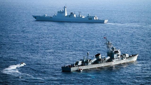 美舰又在南海挑衅 俄驻华大使看不下去