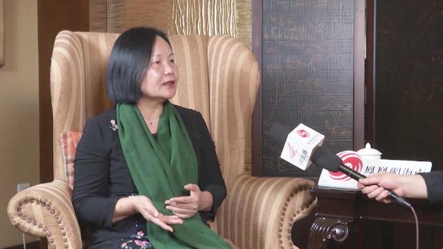 凤凰网海南专访《海南开发之路》丛书作者蔡葩