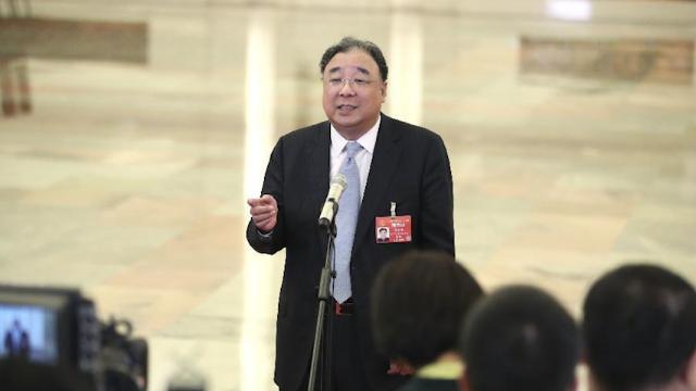 """马晓伟:保证抗癌药品供应,把为群众""""最后一公里""""的服务做好"""