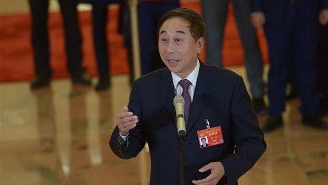 全国政协委员冯巩:感受老百姓的酸甜苦辣,才能创造出精品力作