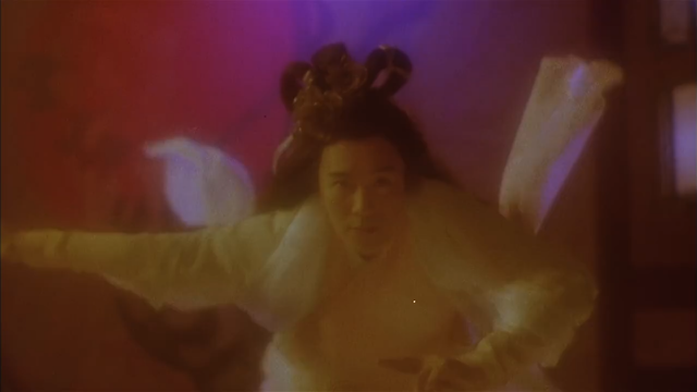 大内密探零零发:星爷被电意外使出天外飞仙,出招后会变美女?图片
