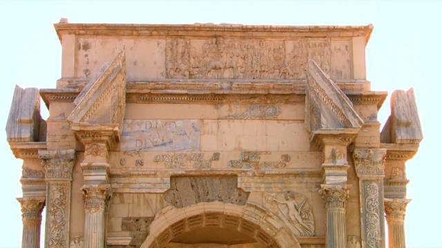 古罗马后期的艺术包容性非常广,叫做罗马世界的艺术比较靠谱!