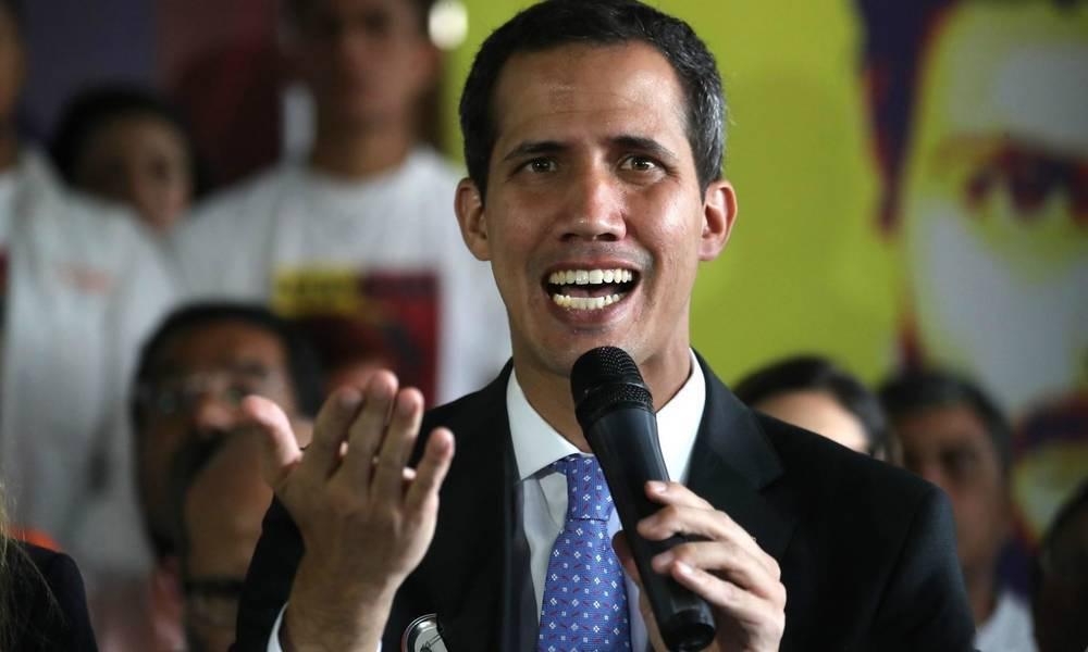 局势转变杜罗使雷霆手段,瓜伊多绝望喊出新计划,美国看热闹