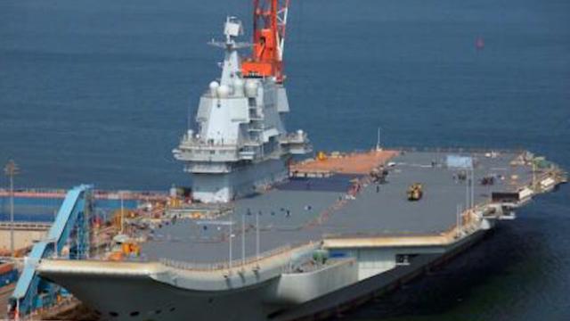外媒关注中国首艘国产航母海试短片 专家:阅舰式应该不会亮相
