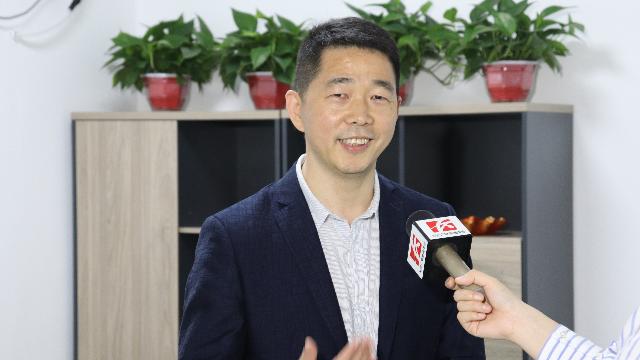 长沙电视台报道优鸿入驻长沙梅溪湖,COO熊兴旺接受采访