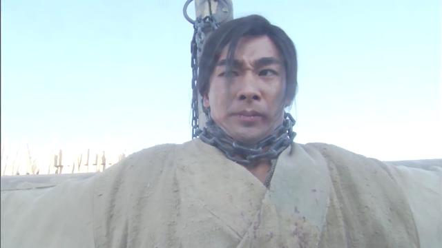 七剑下天山:郁芳发现小伙的伤,瞬间感动哭成泪人,看着好心酸!