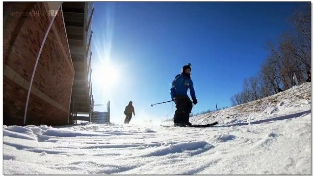 冬季大雪封路,高纬度国家学生日常