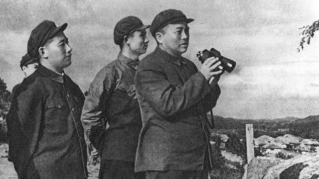 """38军""""万岁军""""称号的由来:彭德怀在嘉奖电报上加了这一行字"""