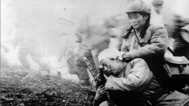 战士们疲惫不堪,师长下达命令,竟影响中国军队第二次战役的命运
