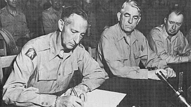 麦克阿瑟矛头直指鸭绿江 南朝鲜师长称要像巴顿一样进攻