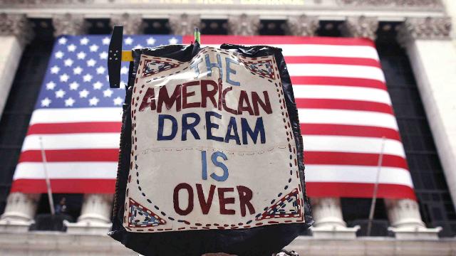 80%美国家庭收入仅够勉强维持生活!美国又一次危机来了?