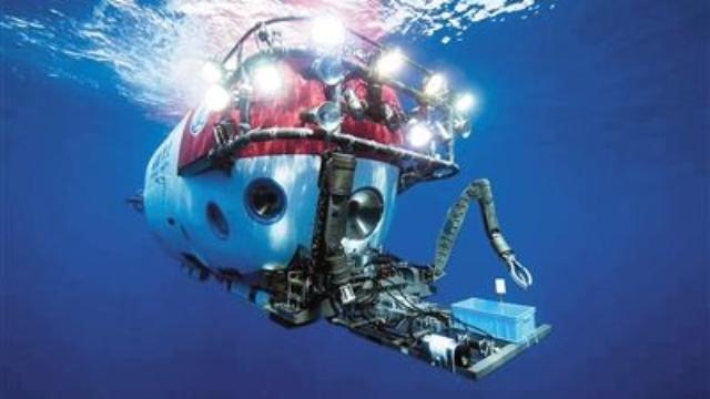 """首次曝光!""""深海勇士""""号公布海底2000米生物高清视频"""