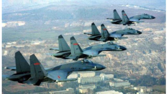 特朗普下令打伊朗,为何战机升空又后撤回?