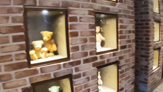 韩国济州岛有个泰迪熊博物馆,作品出自韩国一位老婆婆,款式很多