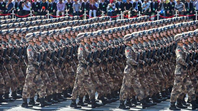 小肚鸡肠!印度人说中国阅兵造假不如他们,结果狂遭打脸!