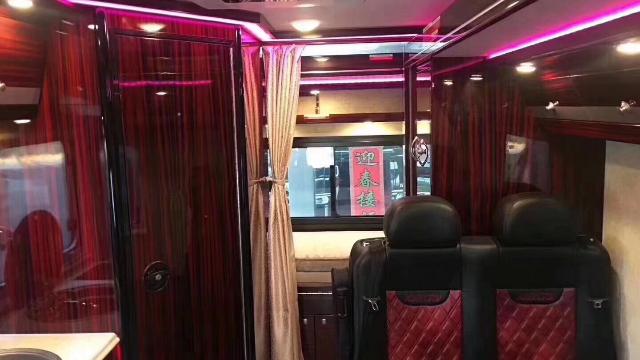 【房车俱乐部】凯伦宾威进口奔驰C型双拓展房车,现价多少?