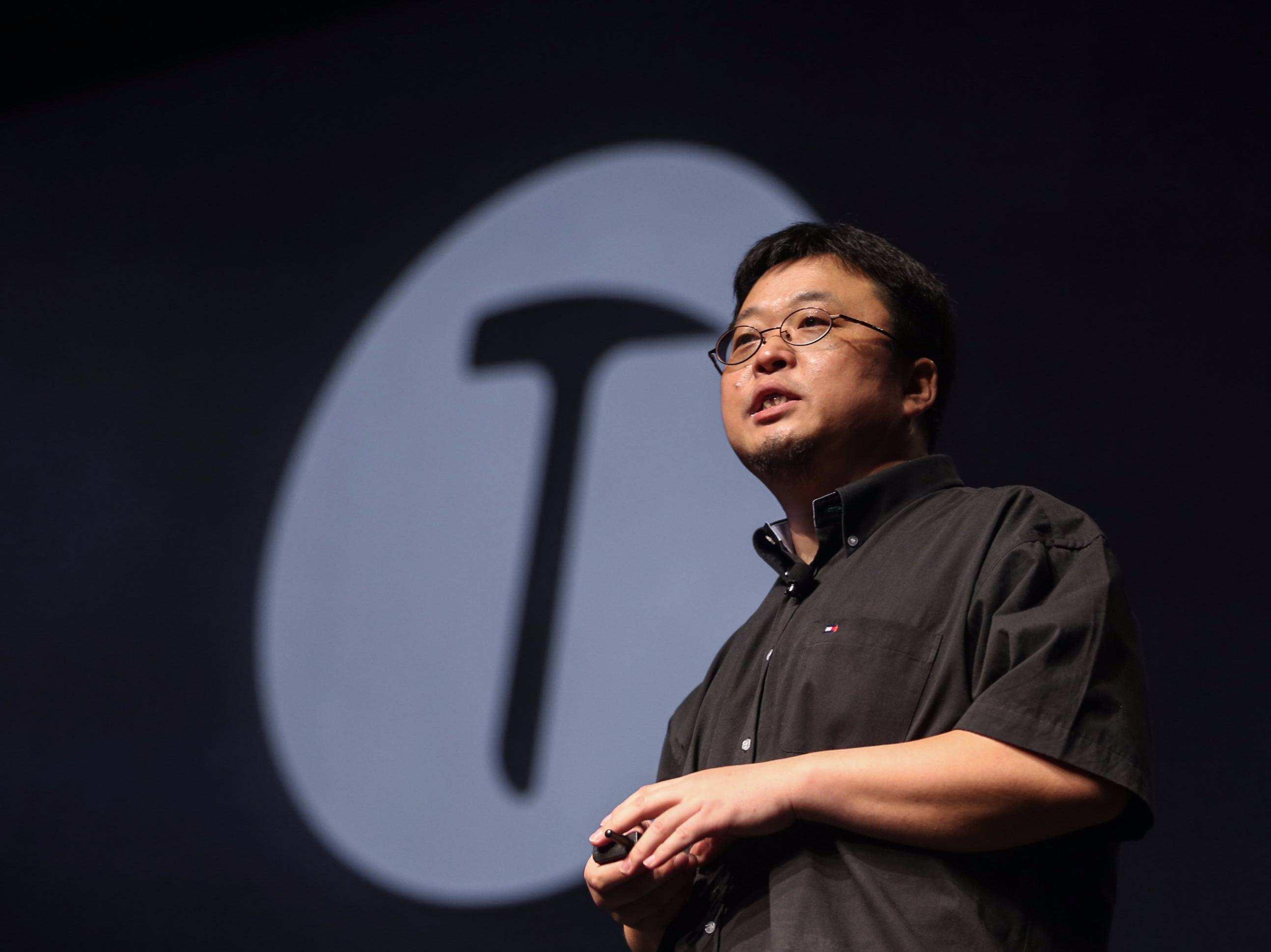 罗永浩:最近在社交媒体上嚣张跋扈的原因,也许和小野发布会有关