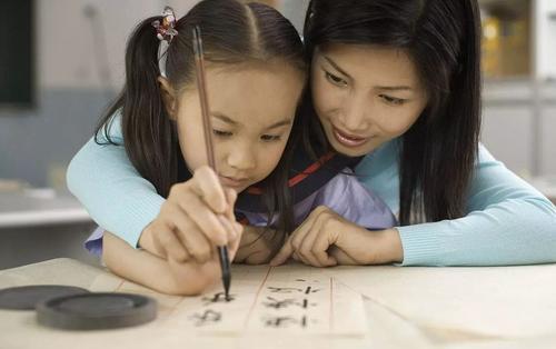 别让键盘代替了孩子,会手写的孩子才优秀
