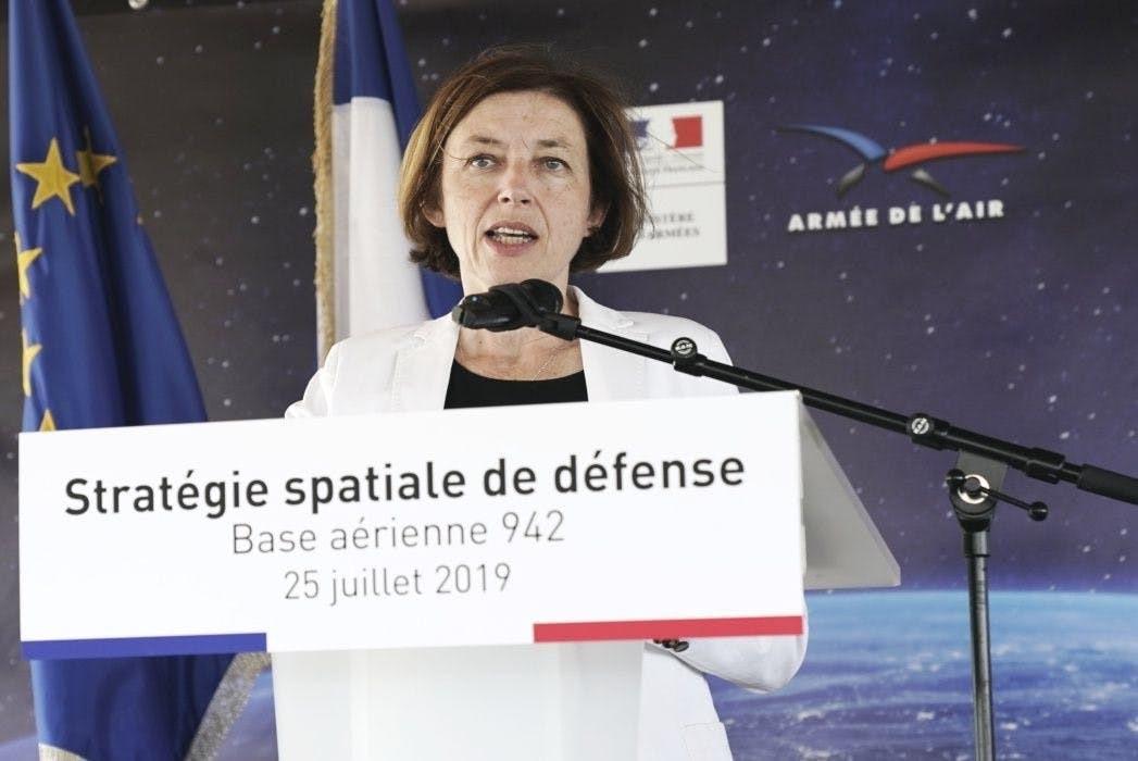 法国公布太空军事战略 卫星将部署激光武器 可让对手卫星致盲