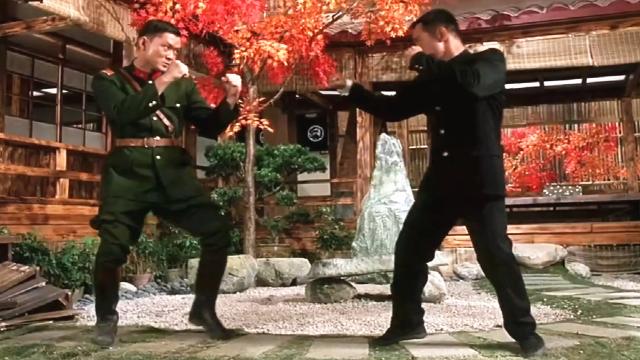 中国武术冠军李连杰VS世界自由搏击冠军周比利《精武英雄》解说
