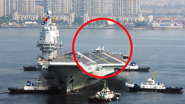 国产航母再传喜讯!已进行舰载机起降试验!双航母时代即将来临