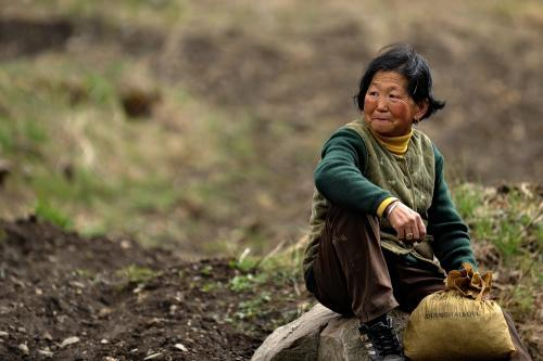 农村妇女说:宁受婆家一斗气,不受娘家一口气。为什么要这样说?