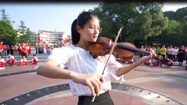 浦江宣和党员群众齐唱《我和我的祖国》