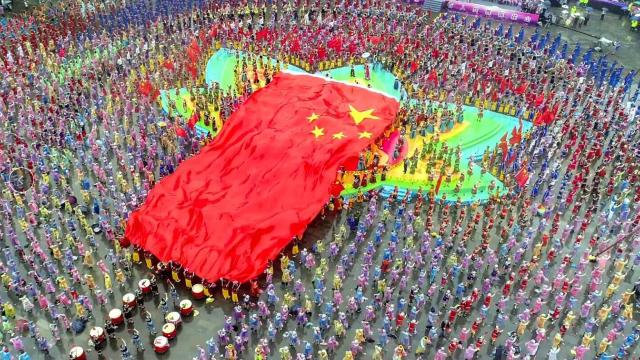 重庆双晒:超燃!彭水唱响苗语版《我和我的祖国》