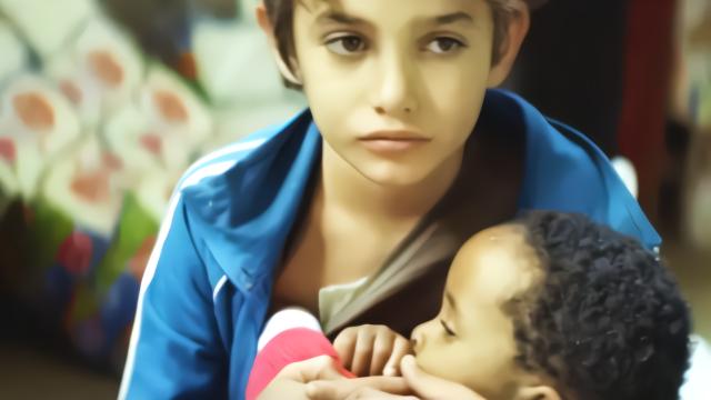 《何以为家》12岁男孩为何状告父母