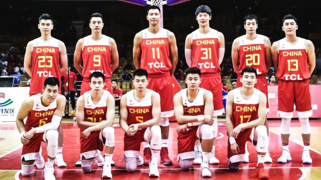 篮球世界杯 中国男篮12人名单正式出炉