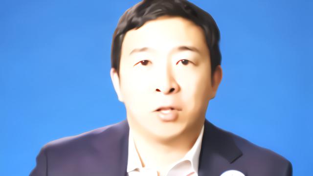 美国华裔总统候选人人气上涨 支持者高呼他信任我们