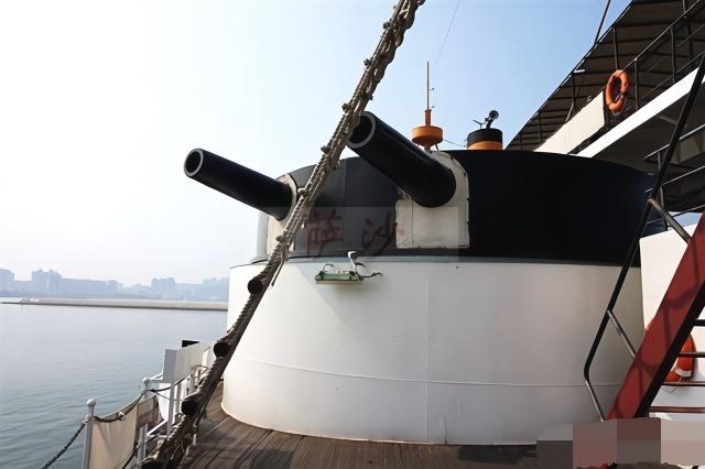 甲午海战中,定远号和镇远号为什么连一艘日舰都没有击沉?