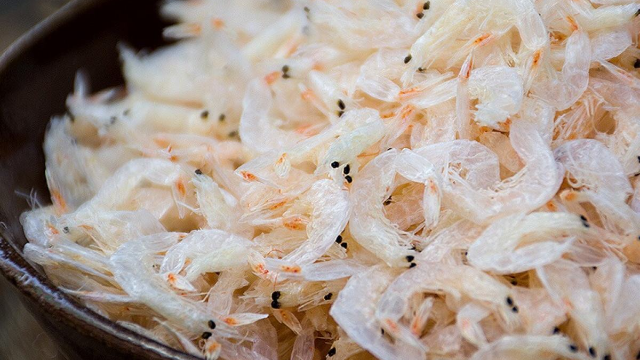 虾皮不用外面买,老刘教你在家做,营养美味,大人小孩都爱吃!