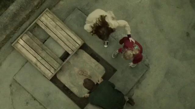 被低估的恐怖电影,全家躲进地窖300多天,再出来时却已不是人