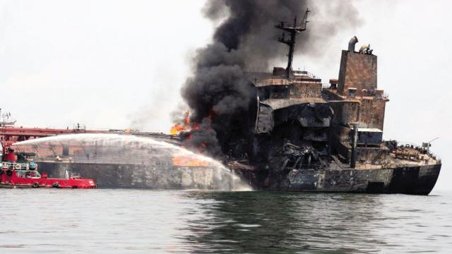 着急约会,小伙失误烧了核潜艇,4.5亿美金打了水漂