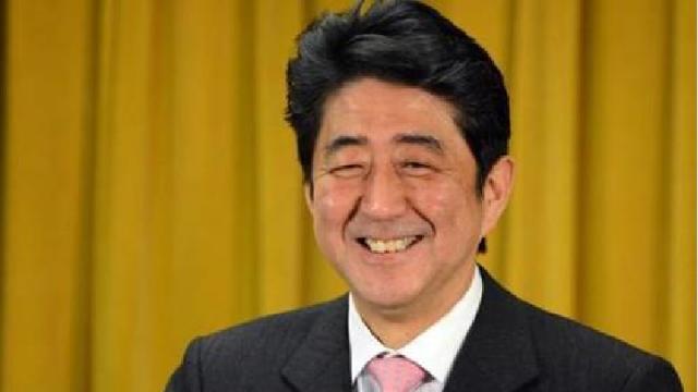 2个月损失3537亿,日本终尝苦果!关键时刻,安倍向中国示好