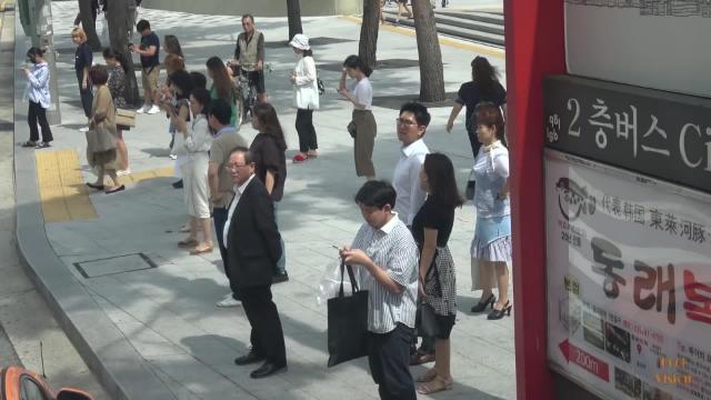 中国式勤劳让老外感到恐惧,老外:没有人能和这样的中国人竞争
