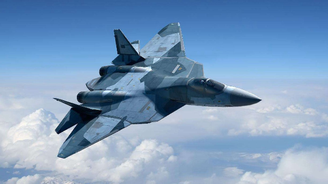 F-22和苏-57相遇公平竞争的话,F-22赢面更大,苏-5