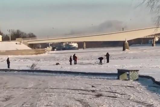 俄罗斯最低气温零下71度,他们过冬的方式,让东北大汉都自叹不如