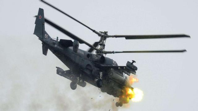 直升机遇险该怎么自救?俄军选择先炸螺旋桨再弹射