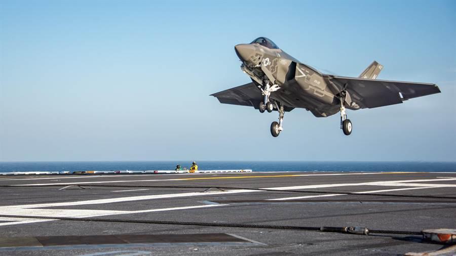 福特号航母 算了!福特号航母还没准备好 F-35C将在36岁老舰上战斗部署