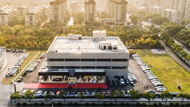 宾利杭州拱墅店开业——杭州众昊呈现