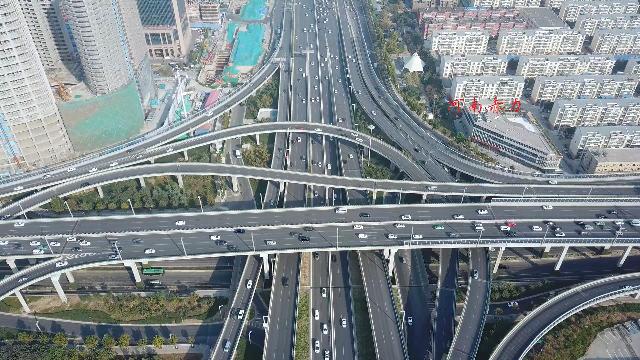 来看郑州知名度最高的路:中州大道