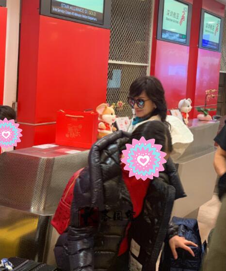 66岁赵雅芝近照曝光,路人镜头下的她长这样