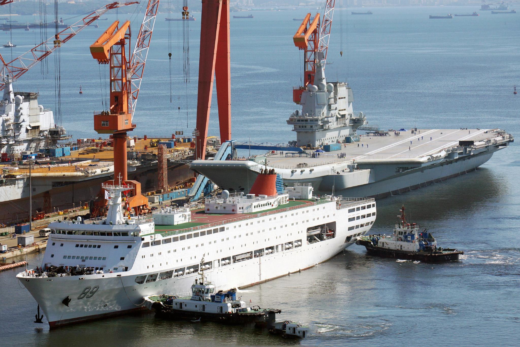 中国第3艘航母建设进度如何?某国调集卫星后,感叹实力一流