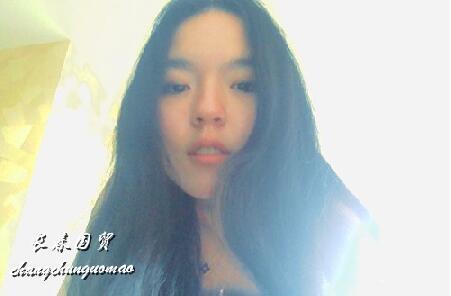 女大十八变!李咏18岁女儿近照曝光,五官清秀靓丽可人