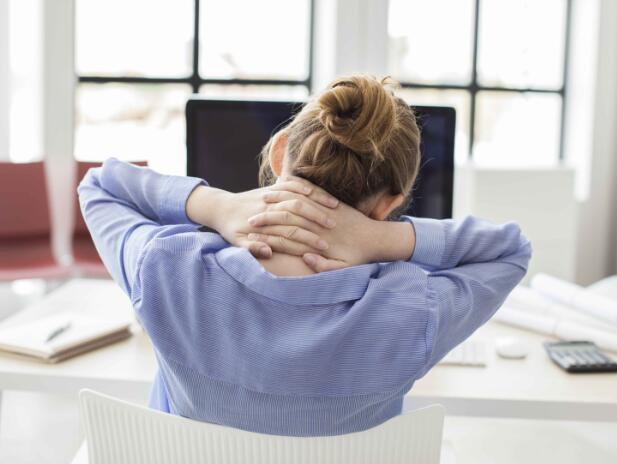 还在被颈椎痛折磨?做好这4件事,助你缓解颈椎不适,一身轻松 生活头条 第6张